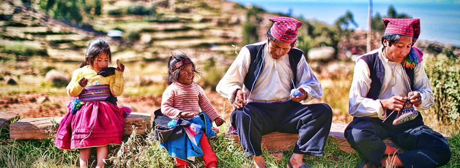 Titicaca Uros Taquile Sillustani 2 dias